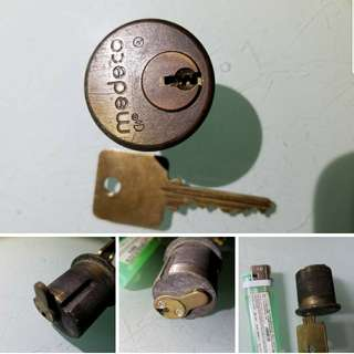 匙胆一個,$20元 (存放在38)老香港懷舊物品古董珍藏