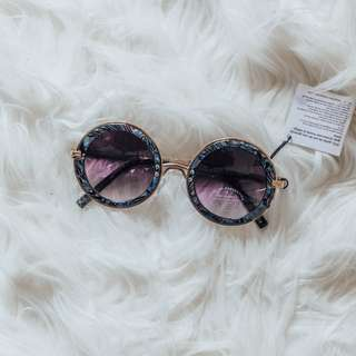 ASOS - Sunglasses #2 ✧ Tara Milk Tea