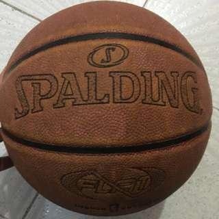 Spalding Never Flat籃球 7號波
