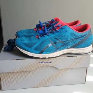 Asics Gel-DS Racer 11 Sepatu Lari Running Shoe  Size US 8 EUR 41.5