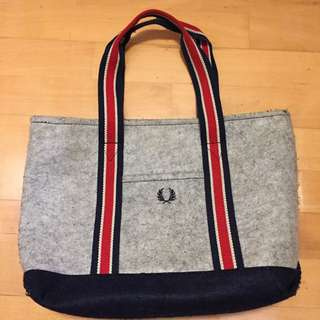 Fred Perry 絨毛單肩袋