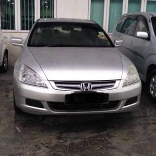 Honda Accord 2.0 (2004)