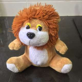 Lion coin box