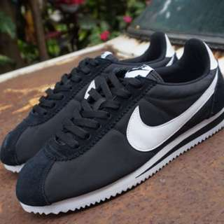 Nike Cortez Nylon Black White