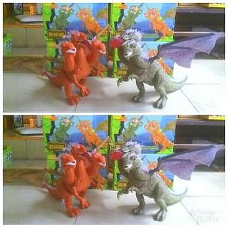Dino tirex kepala tiga