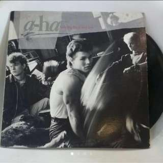 vinyl record A-ha 1st lp