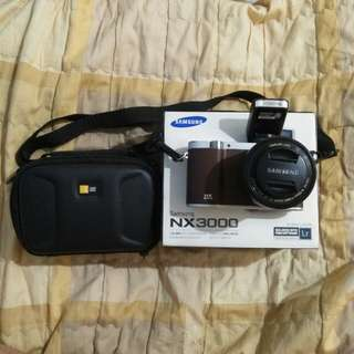 Samsung NX3000 with newly purchased accessories (RE PRICED!!!)