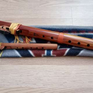 Native American wooden flute (from the US)