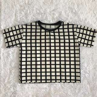 Black and white checkered top : Small - M
