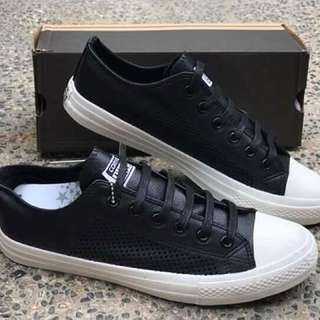 Converse Chuck ll Authentic