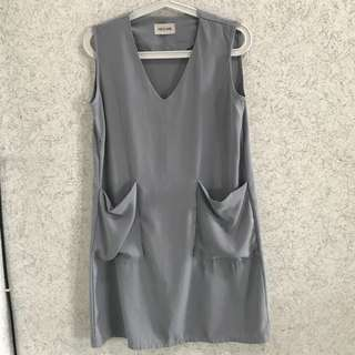 This is april grey dress with pocket