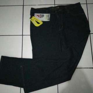 jeans louis wrna hitam size 37