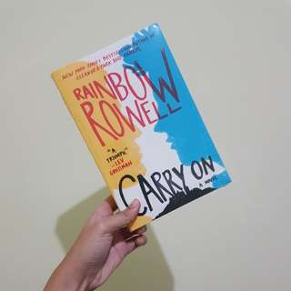 Carry On (Novel Inggris) by Rainbow Rowell