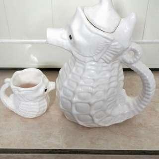 🚚 海馬造型瓷器水壺