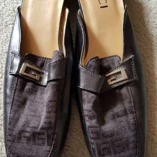 Gucci slip on shoes