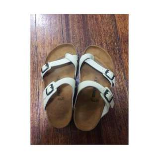Birkenstock* size 6  (this one's not authentic); used only once