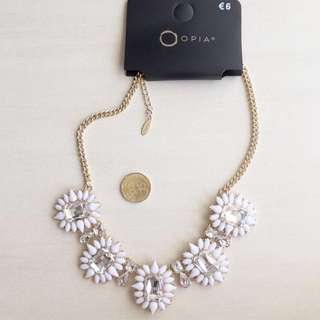 Opia Necklace