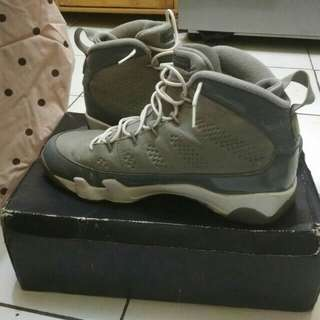 Nike Air Jordan 9  Grey Size 44.5