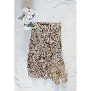 PRIMA Leopard Pleated Skirt