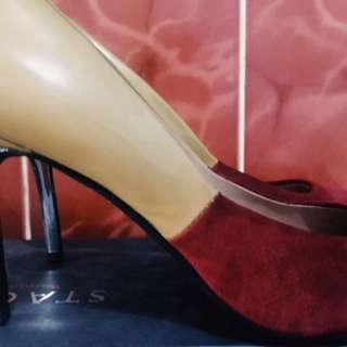 Pre-loved Authentic Staccato Two-Toned pumps