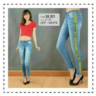 Celana jeans wanita lis off