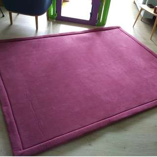 Almost-new thick and comfy Japanese floor mat/ carpet