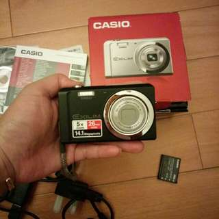 Casio Exlim 14.1 MP used once, super new