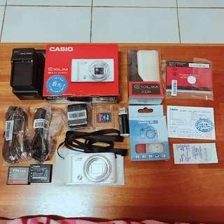 Casio zr3600 美肌相機-白色