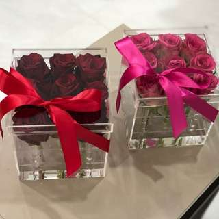 Glam Roses in Acrylic Crystal Box