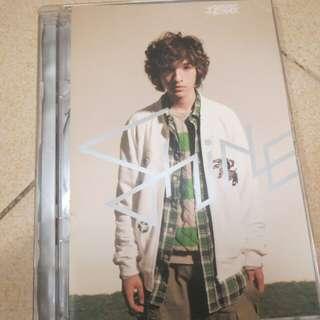 SHINE ( 半熟男孩 ) CD +VCD