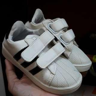 Sepatu Adid*s anak