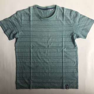UNIQLO UT - Kaos tribal biru