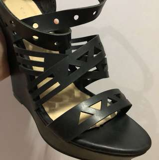 Barely used black Wedge heels