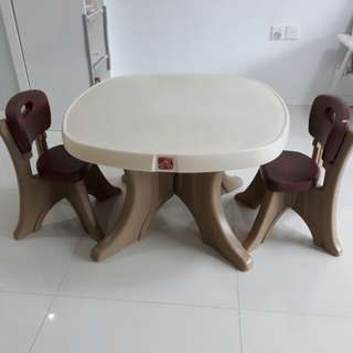 Step 2 Children Table and chairs
