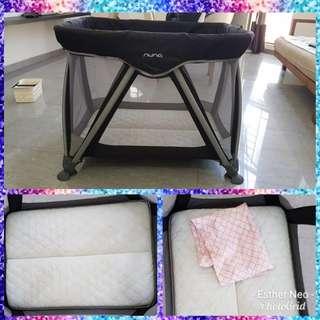Nuna Foldable Cot