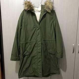 UNIQLO軍綠色內裡可拆式毛毛可拆連帽長版軍裝外套