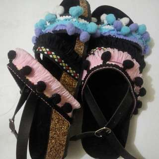 Sandal Bohemian pom pom