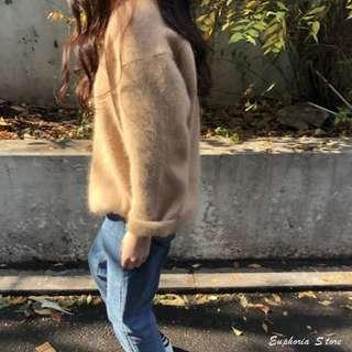 初春。少量簡約V領寬鬆純色套頭安哥拉兔毛混紡打底單穿針織毛衣-Euphoria Store