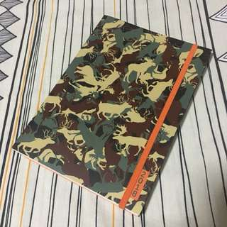 Animal Camo Weekly Planner