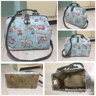 Travel to London Doctor frame bag