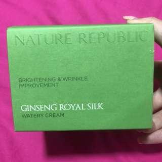 Natural Republic Ginseng Royal Silk Watery Cream