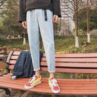 🚚 牛仔褲修身學生直筒小腳褲