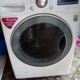 LG F1014NTGW Mesin Cuci Front Loading 14Kg - Putih