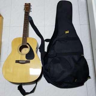 Yamaha F31C Guitar