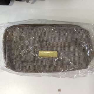 Oman Air Amenity Kit