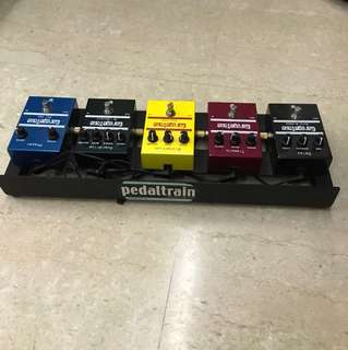 Pedals effects  sets w Pedal train