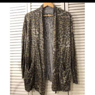 Aritzia Wilfred animal print sweater in size x-small
