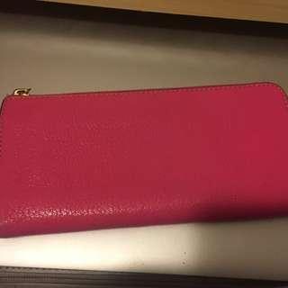 Lianca central. 粉紅色. 95% 新. 靚