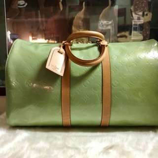 Authentic Vintage Louis Vuitton Keepal 45 Vernis Leather Light Green