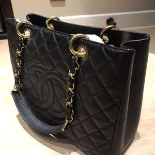 Chanel GST bag 99% New with receipt